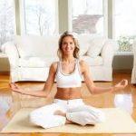 ¿Cómo realizar yoga en casa?