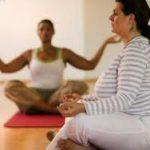 Los mejores ejercicios de yoga para perder peso de forma natural